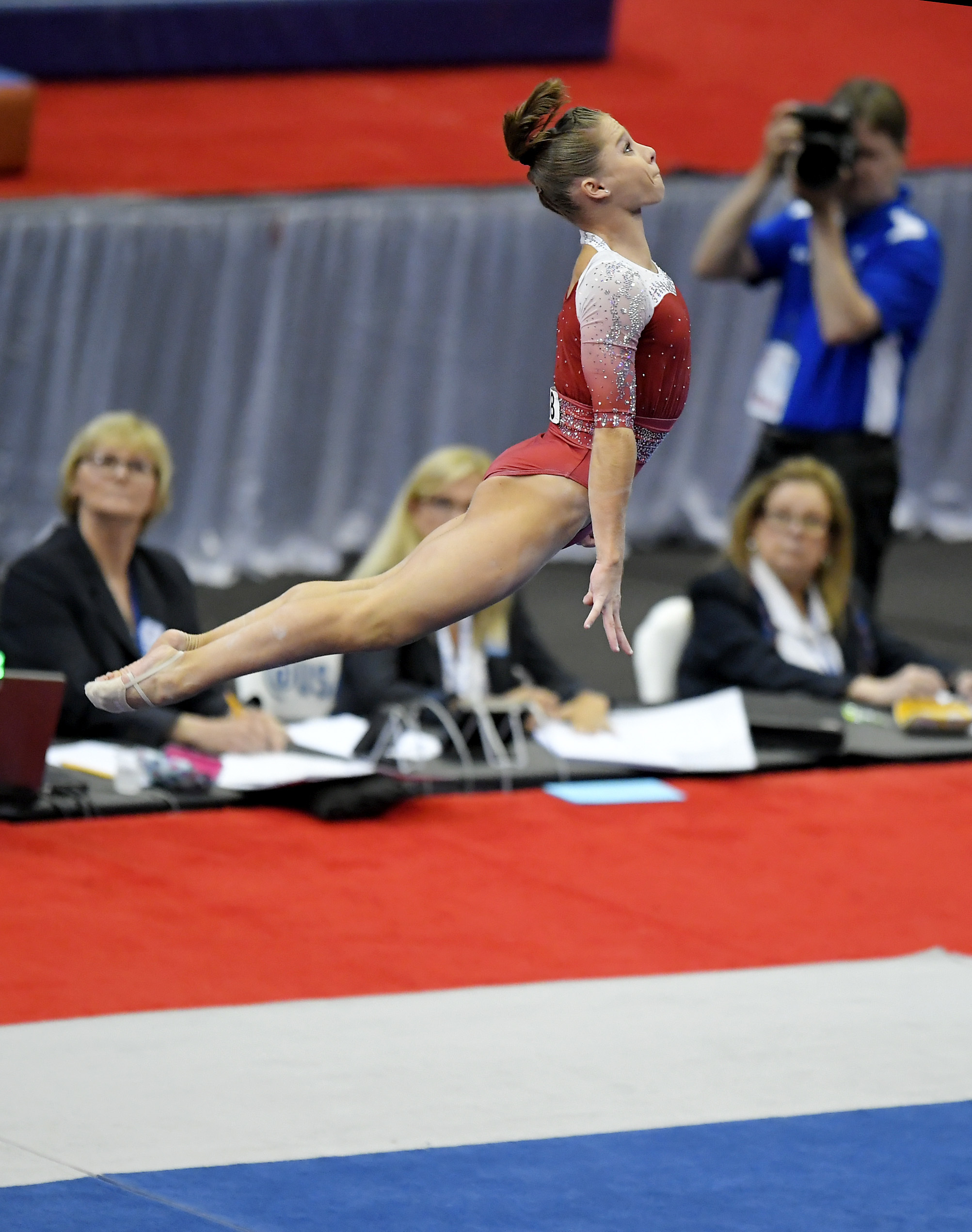 Ragan Smith competes in the floor exercise during women's opening round of the U.S. gymnastics championships, Friday, Aug. 18, 2017, in Anaheim, Calif. (AP Photo/Mark J. Terrill)