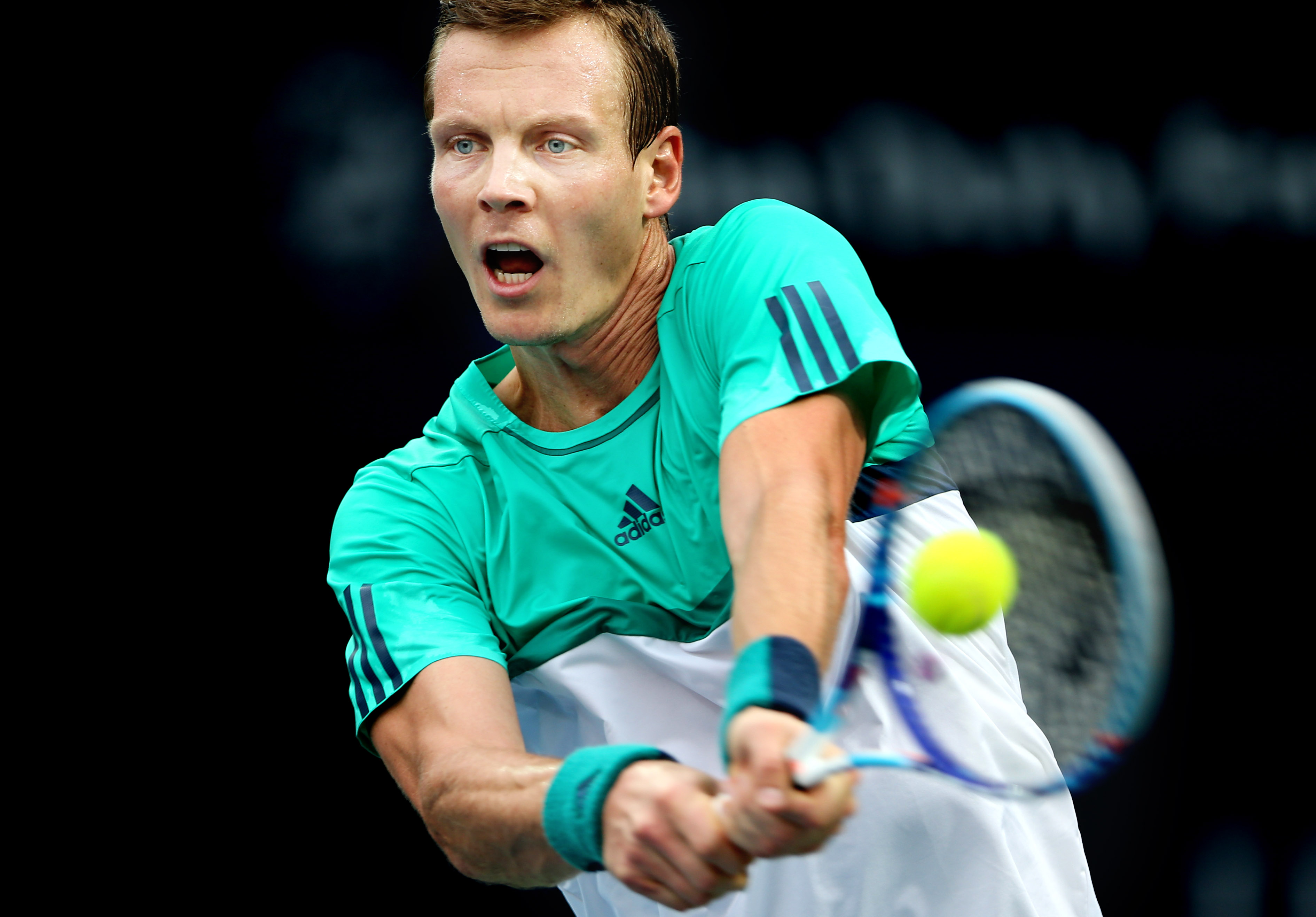 Tomas Berdych from Czech Republic returns the ball to Thomas Fabbiano from Italy during the 3rd day of Dubai Tennis Championships in Dubai, United Arab Emirates, Wednesday, Feb. 24, 2016. (AP Photo/Kamran Jebreili)