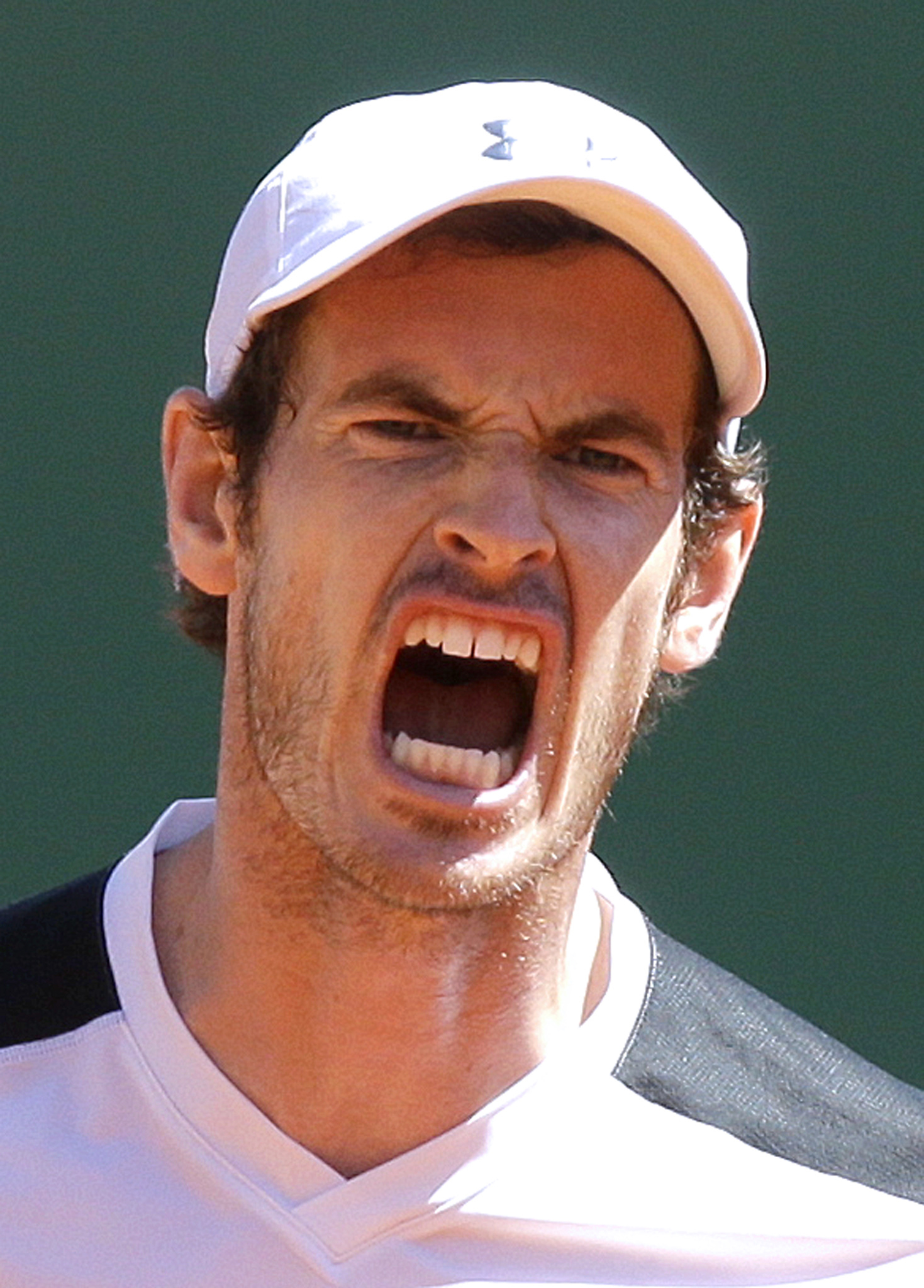 Andy Murray of Britain reacts during his match of the Monte Carlo Tennis Masters tournament against France's Benoit Paire in Monaco, Thursday, April 14, 2016. (AP Photo/Lionel Cironneau)