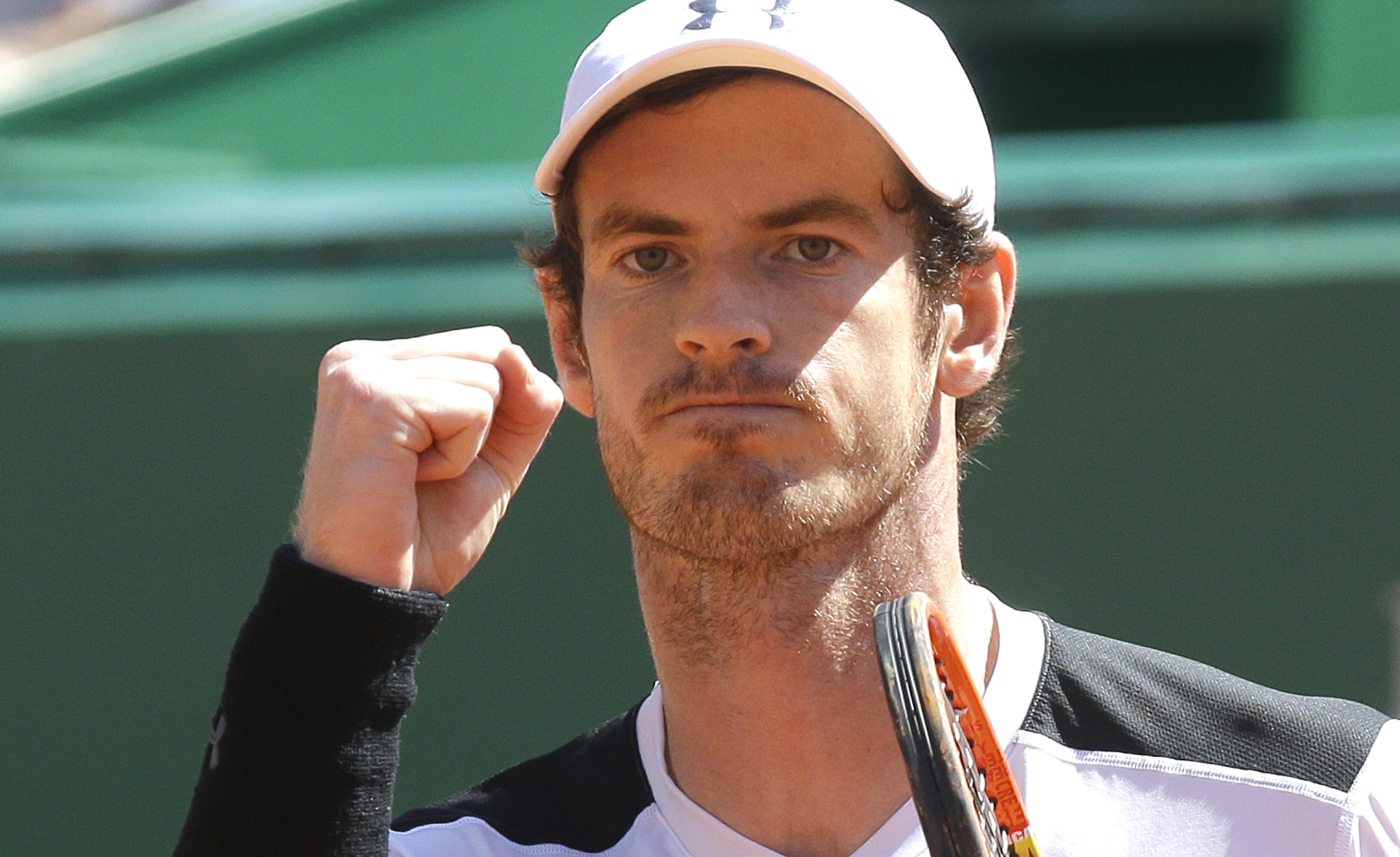Andy Murray of  Britain reacts after defeating  Canada's Milos Raonic after their quarter final match of the Monte Carlo Tennis Masters tournament in Monaco, Friday, April 15, 2016. (AP Photo/Lionel Cironneau)