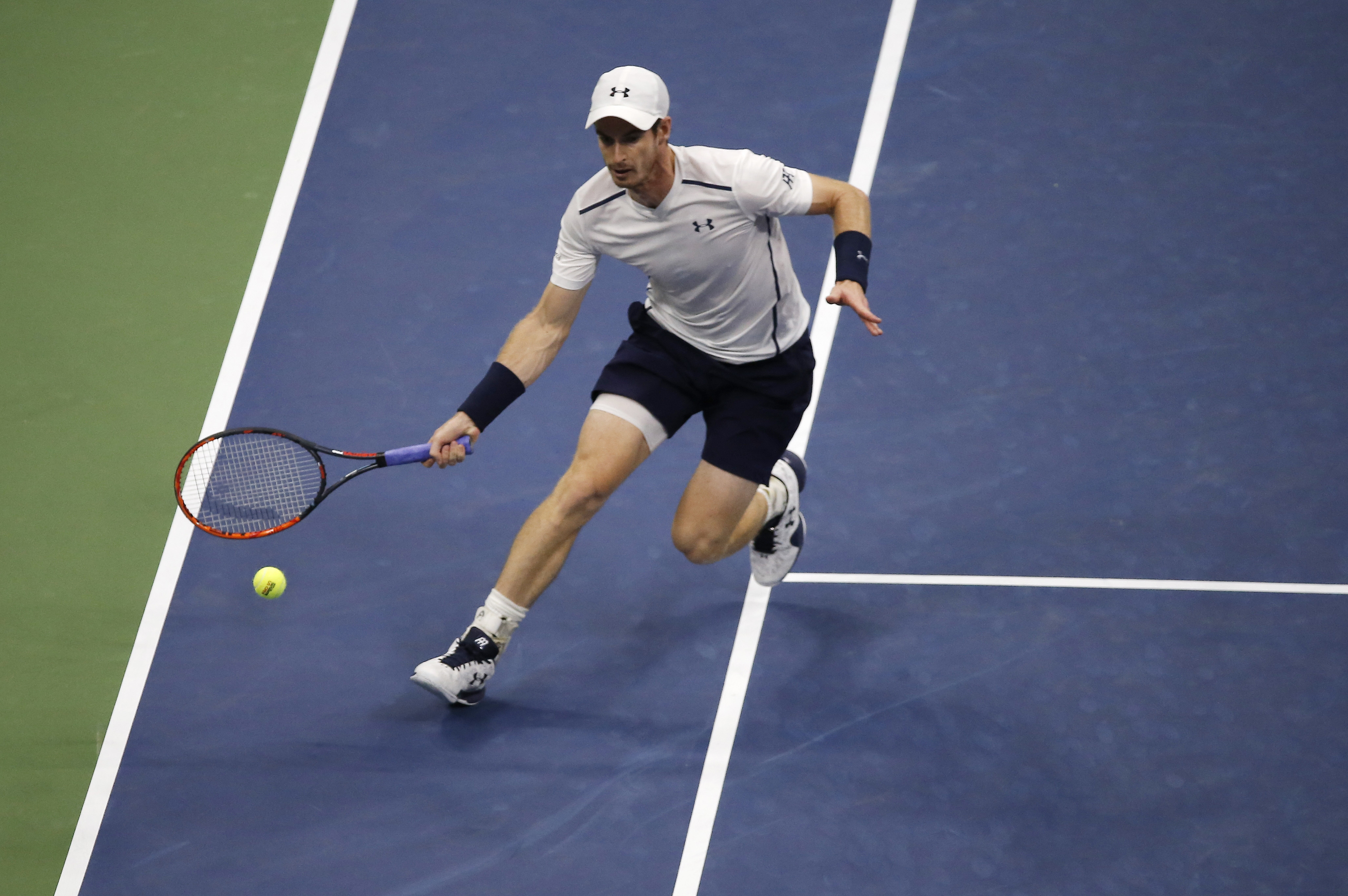 Andy Murray, of the United Kingdom, returns a shot to Marcel Granollers, of Spain, during the second round of the U.S. Open tennis tournament, Thursday, Sept. 1, 2016, in New York. (AP Photo/Andres Kudacki)