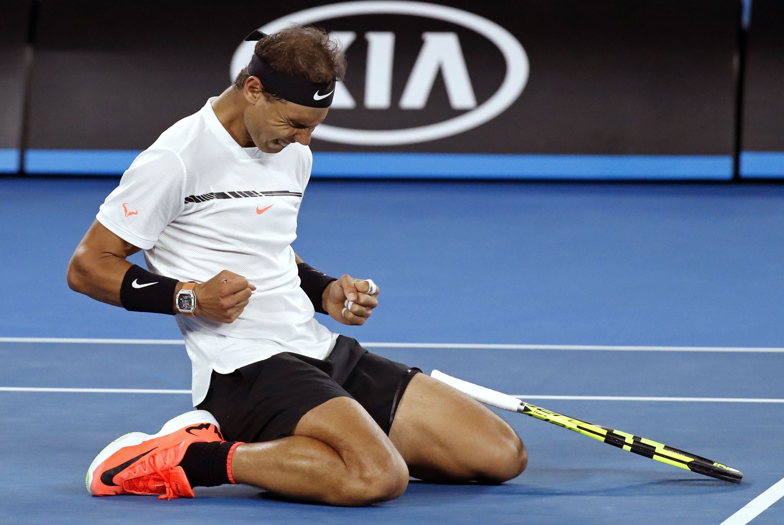 Spain's Rafael Nadal celebrates after defeating Canada's Milos Raonic during their quarterfinal at the Australian Open tennis championships in Melbourne, Australia, Wednesday, Jan. 25, 2017. (AP Photo/Kin Cheung)
