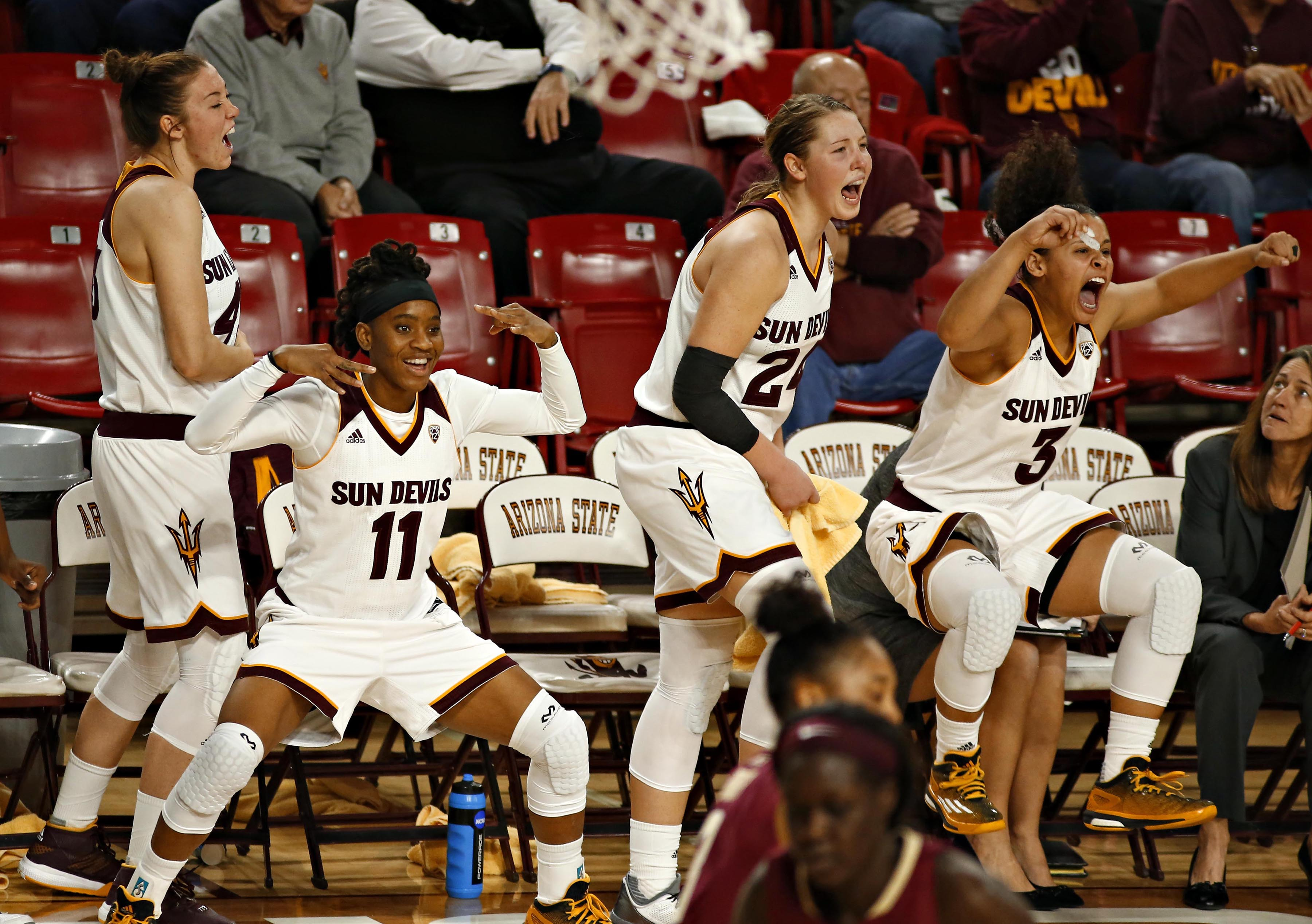 The Arizona State reacts late in the second half of an NCAA college basketball game against Florida State, Monday, Dec. 21, 2015, in Tempe, Ariz. (John Samora/The Arizona Republic via AP)  MARICOPA COUNTY OUT; MAGAZINES OUT; NO SALES; MANDATORY CREDIT