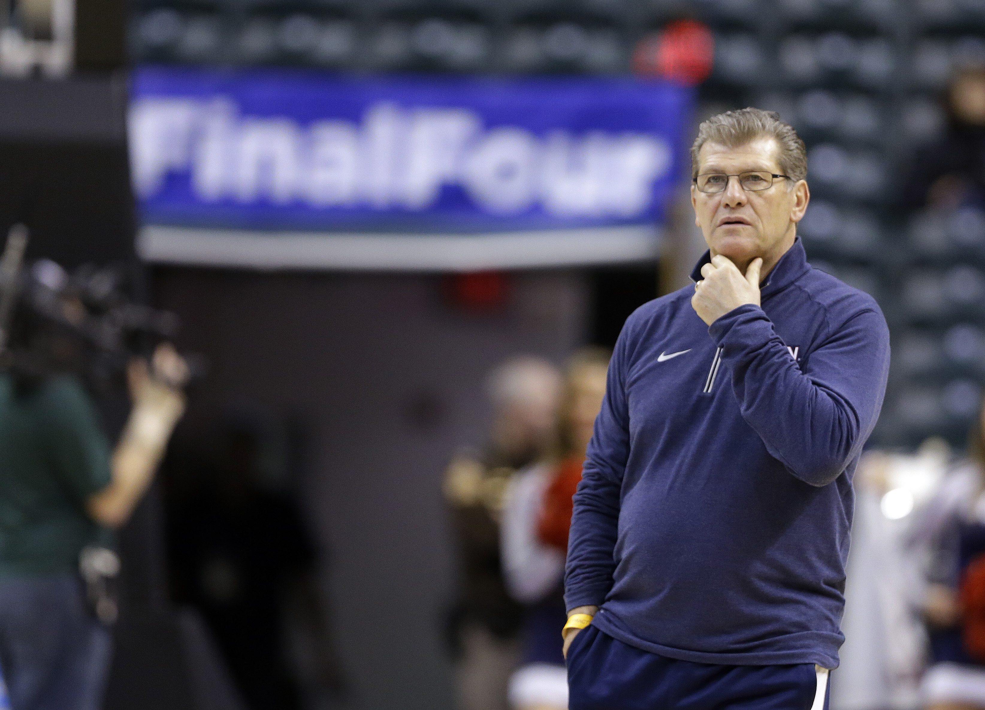Connecticut head coach Geno Auriemma watches during college basketball practice at the women's Final Four in the NCAA Tournament Saturday, April 2, 2016, in Indianapolis.  (AP Photo/Michael Conroy)