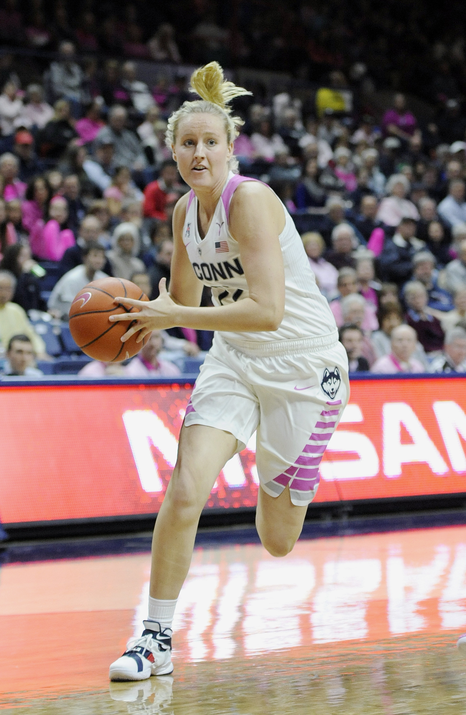 Connecticut's Courtney Ekmark in the second half of an NCAA college basketball game, Wednesday, Feb. 17, 2016, in Storrs, Conn. UConn won 88-34. (AP Photo/Jessica Hill)