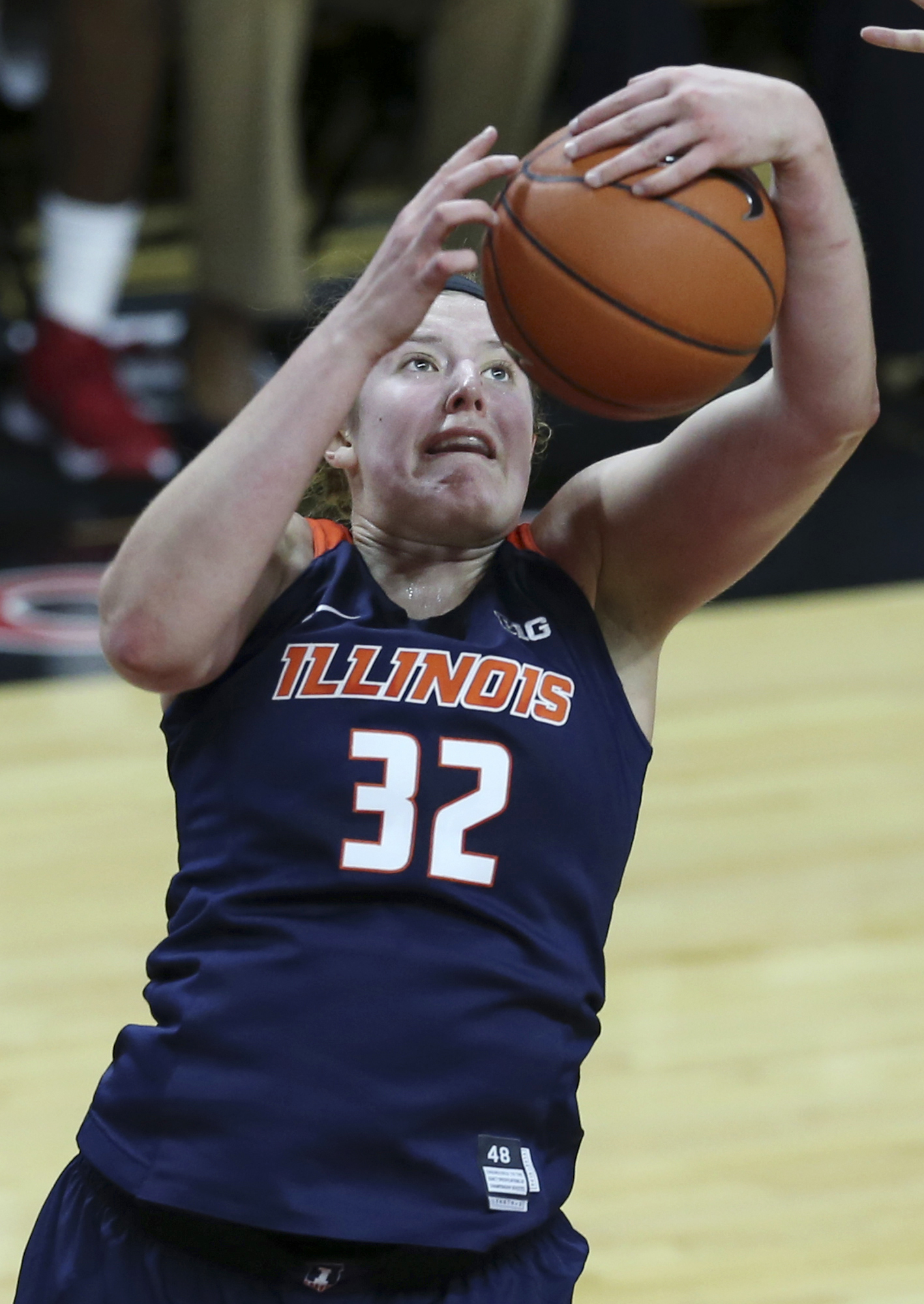 Illinois center Chatrice White (32) grabs a rebound during the second half of an NCAA college basketball game against Rutgers, Wednesday, Jan.13, 2016, in Piscataway, N.J. Rutgers won 67-54. (AP Photo/Mel Evans)