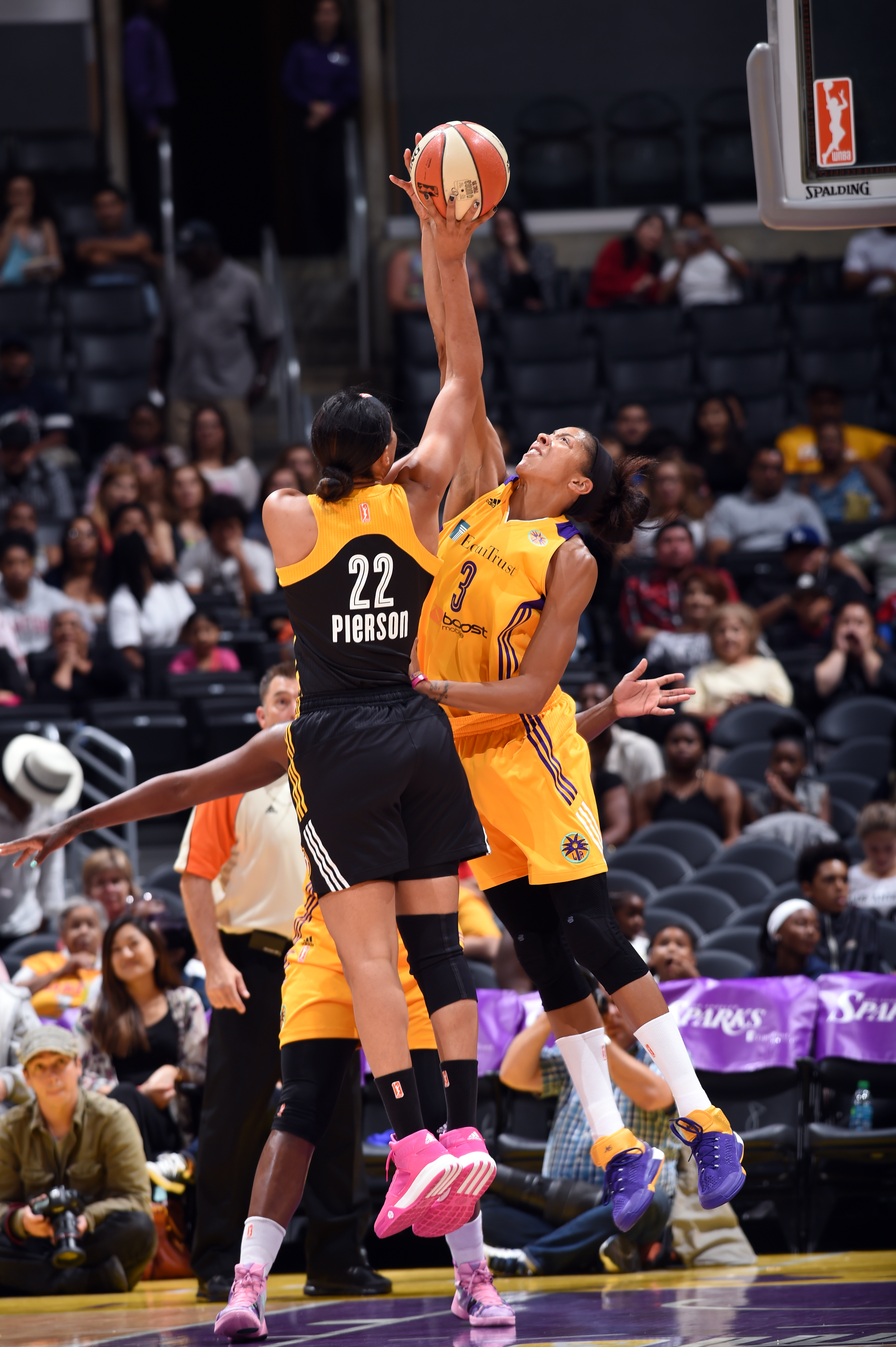 LOS ANGELES, CA - AUGUST 6: Candace Parker #3 of the Los Angeles Sparks attempts to block a shot from Plenette Pierson #22 of the Tulsa Shock  on August 6, 2015 at Staples Center in Los Angeles, California. (Photo by /NBAE via Getty Images)