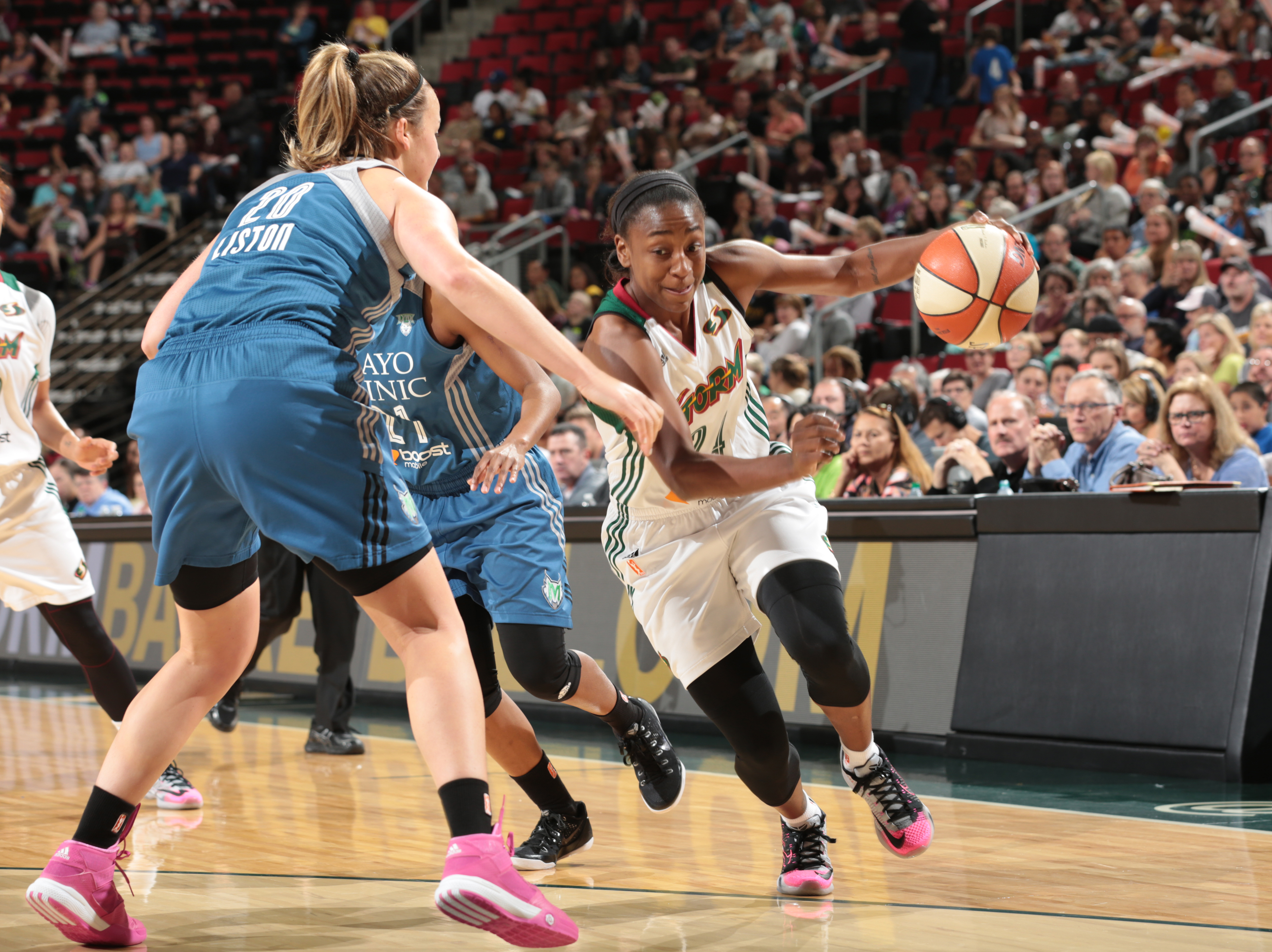 SEATTLE, WA - SEPTEMBER 11: Jewell Loyd #24 of the Seattle Storm handles the ball against the Minnesota Lynx on September 11, 2015 at Key Arena in Seattle, Washington. (Photo by Joshua Huston/NBAE via Getty Images)