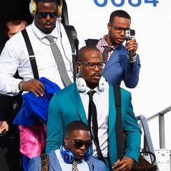 Stylist who makes sure Von Miller, Broncos looking their best for SB50