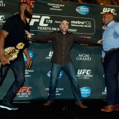 jon jones daniel cormier fight ufc 178