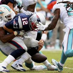 NFL Week 1: Tom Brady, elite quarterbacks struggle in wild opening weekend of NFL action