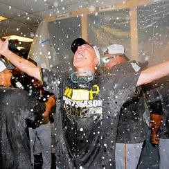Pirates celebrate 2014 postseason berth