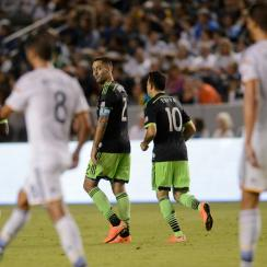 Clint Dempsey gives a look back at LA Galaxy defenders after kicking off the Seattle Sounders' comeback in their 2-2 draw Sunday night.
