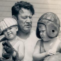 Thorpe in 1931 with sons Phil and Billy