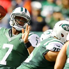 Geno Smith benched for Michael Vick after throwing three interceptions vs.  Buffalo Bills af13596d3