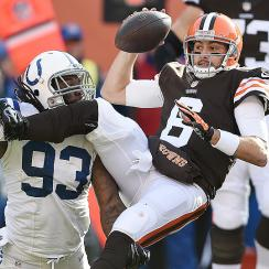 Cleveland Browns sticking with Brian Hoyer over Johnny Manziel costly