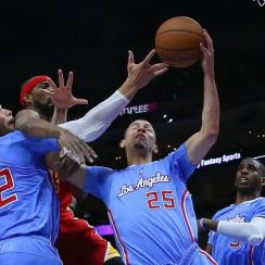 Blake Griffin shows off a perfect Austin Rivers impersonation