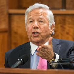 Robert Kraft's testimony shows Aaron Hernandez apparently lied to his former boss