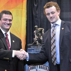 Jack Eichel ncaa hockey award boston