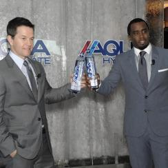mark wahlberg diddy mayweather pacquiao