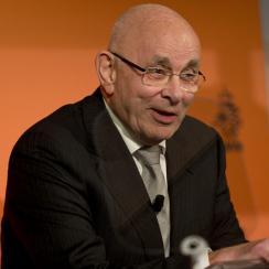Van Praag withdraws from FIFA presidential race