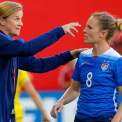 USWNT manager Jill Ellis and Amy Rodriguez eye a first-place finish in Women's World Cup Group D