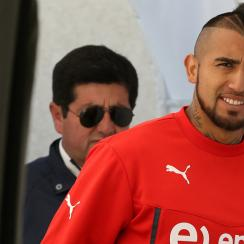 Arturo Vidal remains with Chile at Copa America despite an alleged DUI