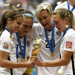 uswnt womens world cup trophy