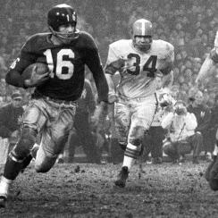 Frank Gifford's playing career and its impact on Giants and NFL