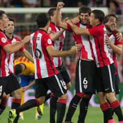 MIkel San Jose celebrates his goal for Athletic Bilbao vs. Barcelona