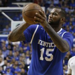 Kentucky beats UNC in charity alumni game