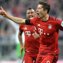 Robert Lewandowski scores five goals in nine minutes for Bayern Munich