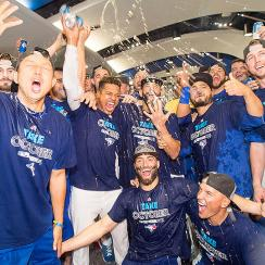 Toronto Blue Jays end playoff drought celebrate
