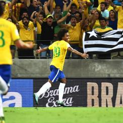 Brazil's Willian scores in World Cup qualifying
