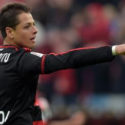 Chicharito scores two goals for Bayer Leverkusen in the German Cup