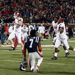 arkansas beats ole miss ending final play