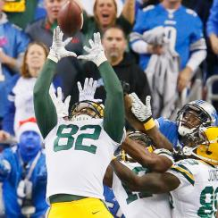 Richard Rodgers catches a Hail Mary as the Packers stun the Lions on Thursday Night Football