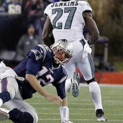 Tom Brady interception first pick six in end zone New England Patriots Philadelphia Eagles