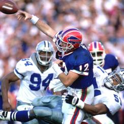 Jim Kelly in Super Bowl XXVII.