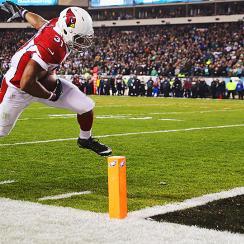 David Johnson has remarkable night as Cardinals dominate Eagles