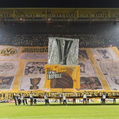 Borussia Dortmund fans unveil massive tifo at Europa League match vs. Porto
