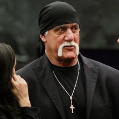 hulk-hogan-wins-lawsuit-gawker-media