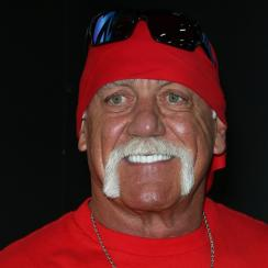 Hulk Hogan talks about WrestleMania 32