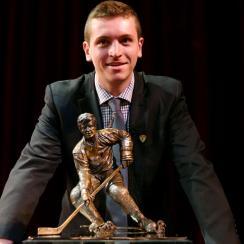 jimmy vesey hobey award winner harvard hockey