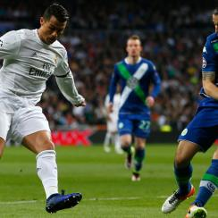 Cristiano Ronaldo scores a pair of early goals for Real Madrid vs. Wolfsburg