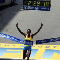 2016 boston marathon winners times