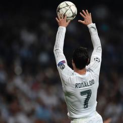 Cristiano Ronaldo dunks the ball vs. Manchester City