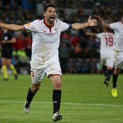 Coke celebrates his goal for Sevilla in the Europa League final