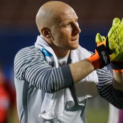 USA No. 1 goalkeeper Brad Guzan is coming off a nightmare campaign with Aston Villa
