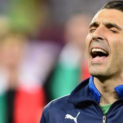 Gianluigi Buffon leads Italy at Euro 2016